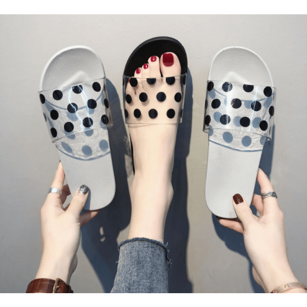 Black and white spotted sandals slippers