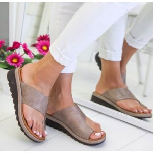 Summer leather and thick soled lady sandals