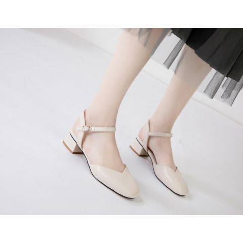 Korea style one-in-one toe-in-head and lady's sandal